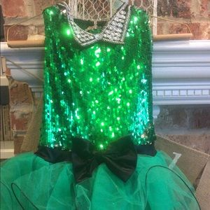 Green and black sequins costume